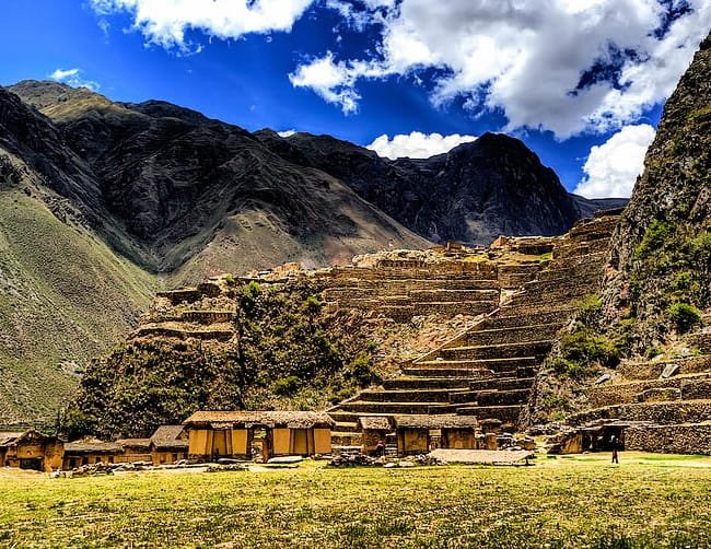 Ollantaytambo Sacred Valley Cusco Tour Iletours