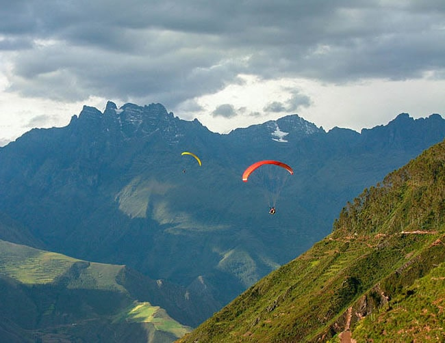 Paragliding over the Sacred Valley Iletours