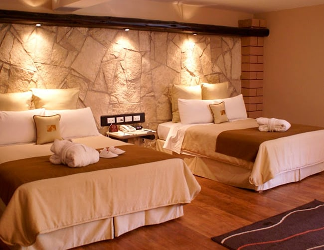 Hotel Pakaritampu av ferrocarril Ollantaytambo