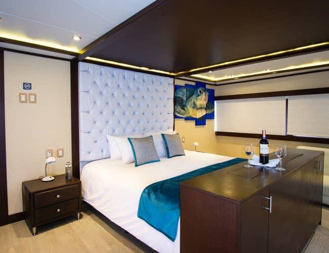 grand majestic motor yacht galapagos