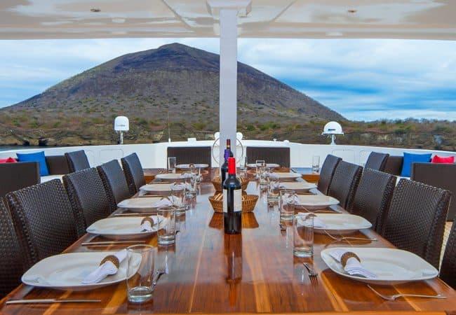 Natural Paradise Alfresco Cruise Galapagos