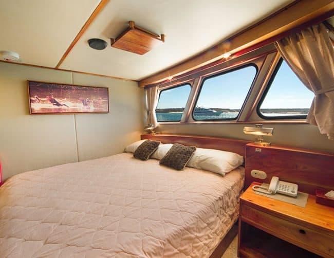 Reina Silvia yacht galapagos