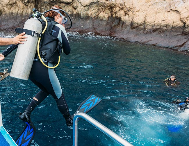 Kicker Rock in San Cristóbal Island Scuba Diving