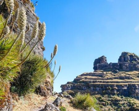 A maravilhosa fortaleza de Waqrapukara no Peru